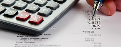 オンラインカジノの税金について